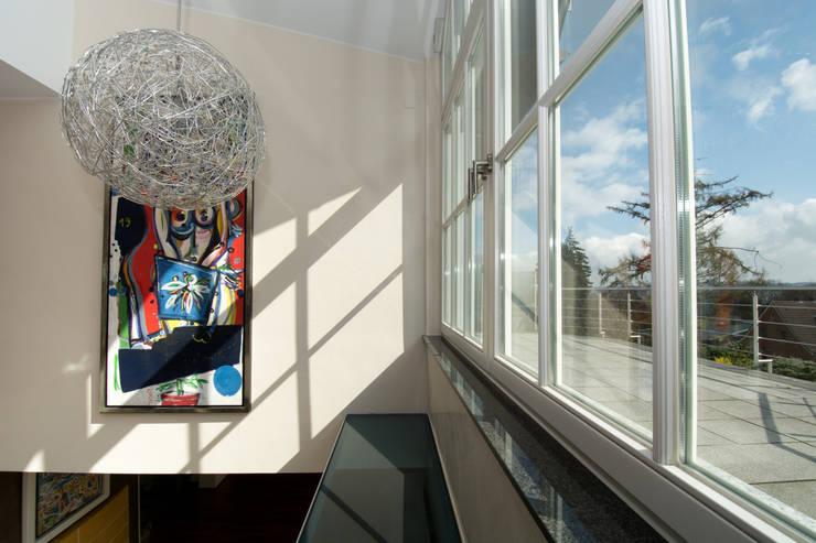 Terrace by Luna Homestaging, Modern