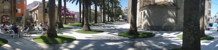 Plaza de las Palmeras, Caldas de Reis:  de estilo  de cerredaylorenzoarquitectos