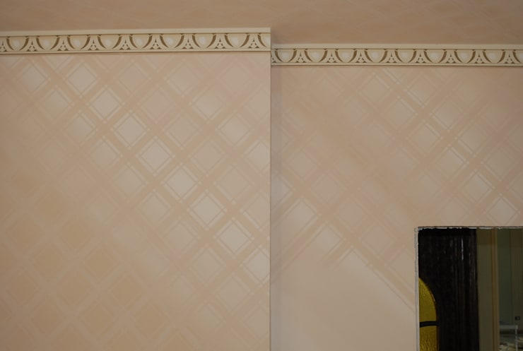 Decorazione murale finto raso: Sala da pranzo in stile  di RIECOLOGIZZO