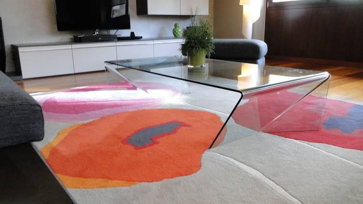 Chantier à Haguenau 67500: Salon de style de style Moderne par VIOLET DE MARS