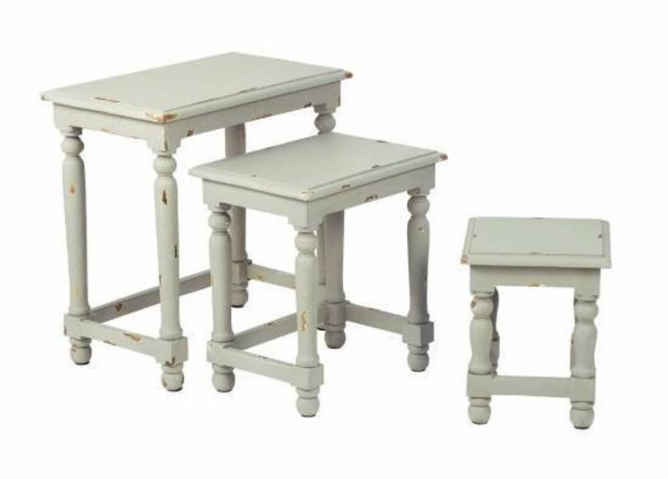 Mueble auxiliar de estilo rústico, romántico, provenzal:  de estilo  de Birdikus