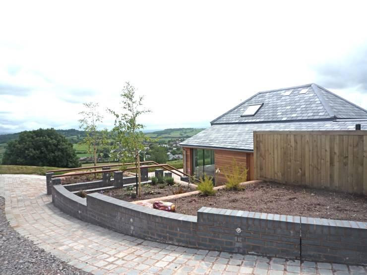 Barn Conversion:   by Geoff Sellick Architectural & Interior Design