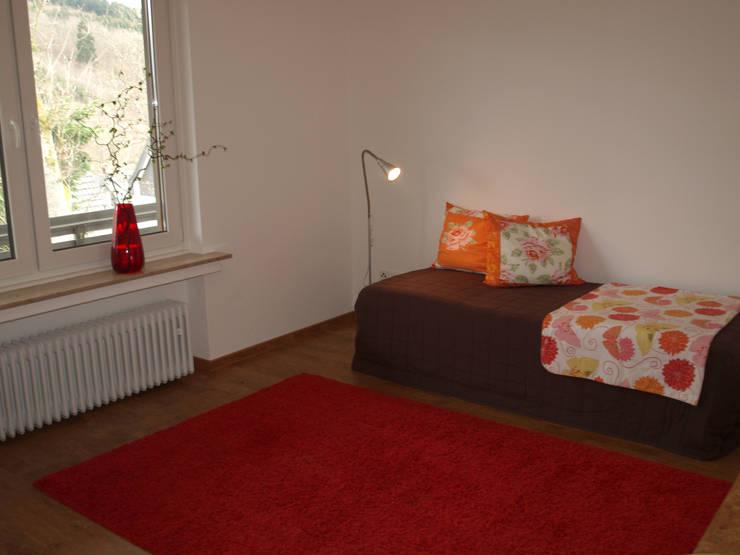Exclusives Einfamilienhaus in Geisweid:  Kinderzimmer von Raumpraesenz-Homestaging