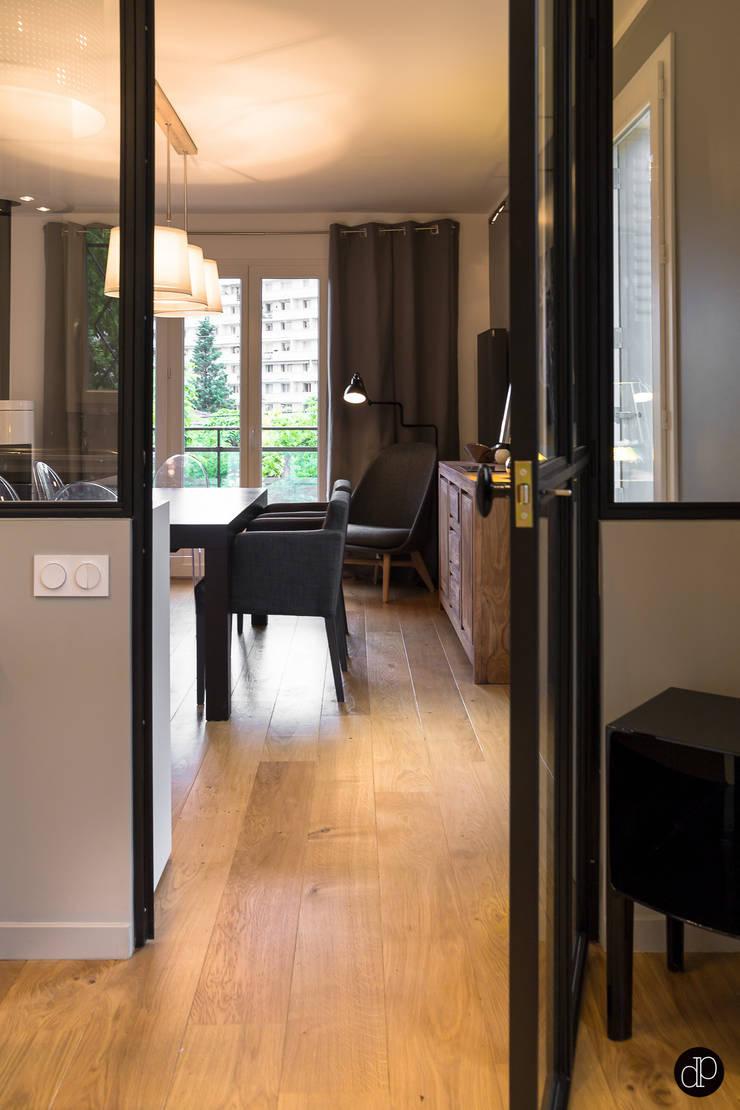 Maison 110m2 & Terrasse 40m2: Cuisine de style  par Décoration Parisienne