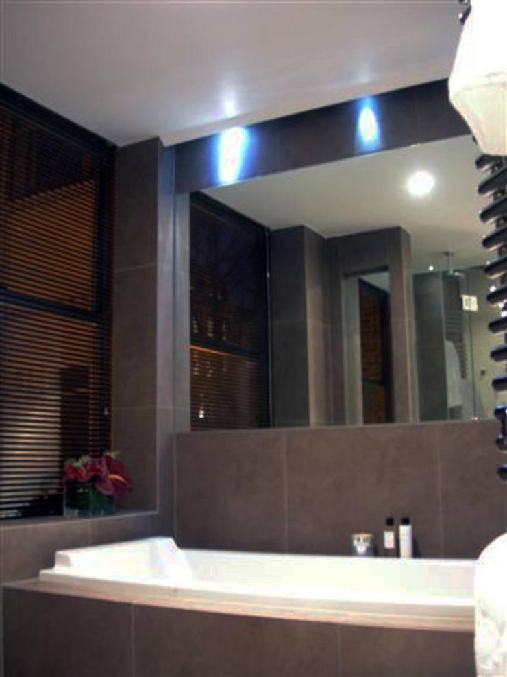 PROJECT: London's Kensington:  Bathroom by Anna Hansson Design