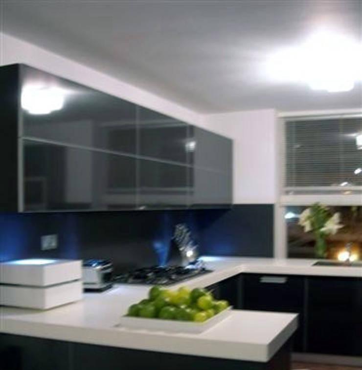 PROJECT: London's Kensington:  Kitchen by Anna Hansson Design