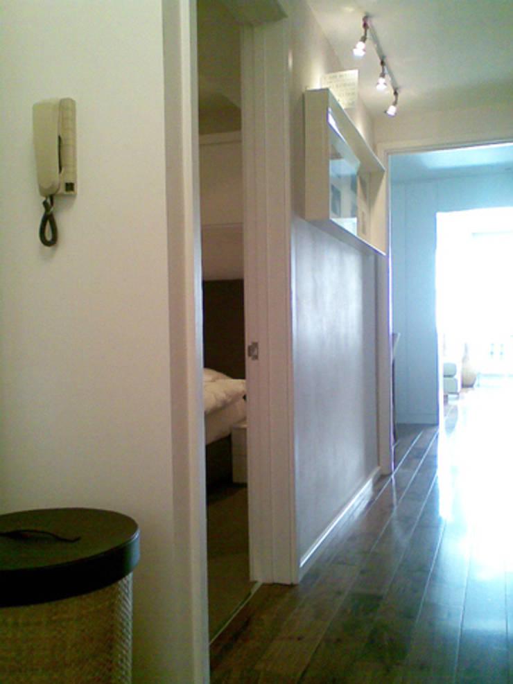 PROJECT - Tailor-Made in Kensington:  Corridor & hallway by Anna Hansson Design