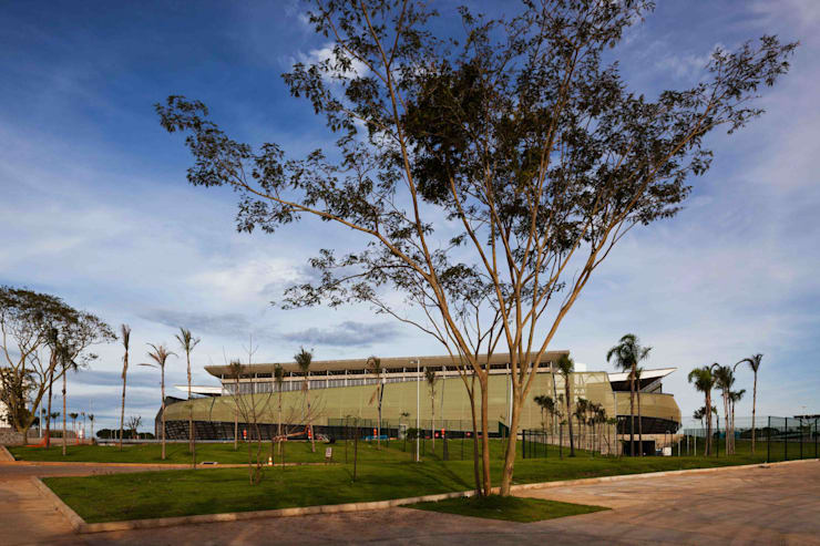Arena Pantanal Estadios de estilo moderno de GCP Arquitetura & Urbanismo Moderno