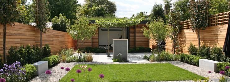 Garden Room or Garden Gym:  Garden by eDEN Garden Rooms Ltd