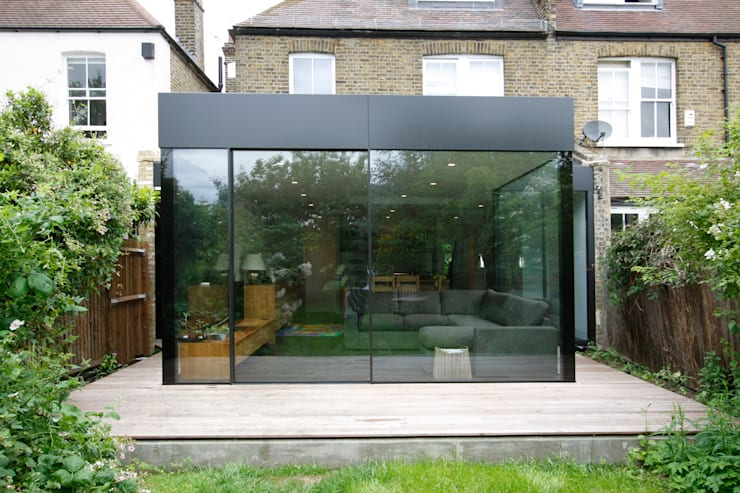 Turney Road:  Living room by IQ Glass UK