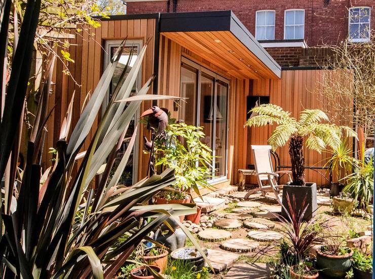 Сады в . Автор – eDEN Garden Rooms Ltd