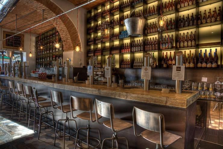 3 Punti Architettura의  레스토랑