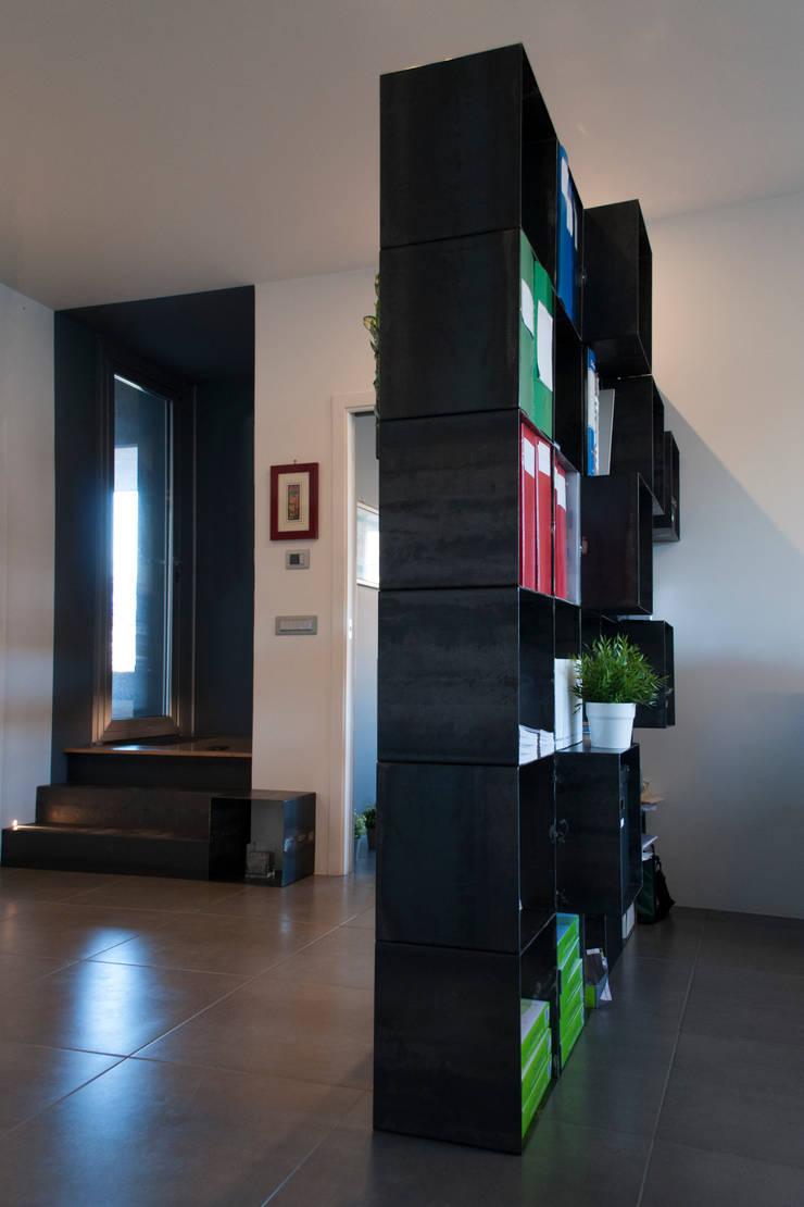Business Center EUS: Complessi per uffici in stile  di SOA Spazio Oltre l'Architettura