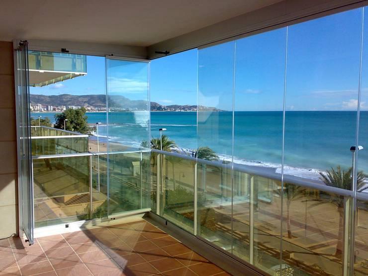 Projekty,  Okna i drzwi zaprojektowane przez CRISTALERIA GLASS CASTELLO S.L
