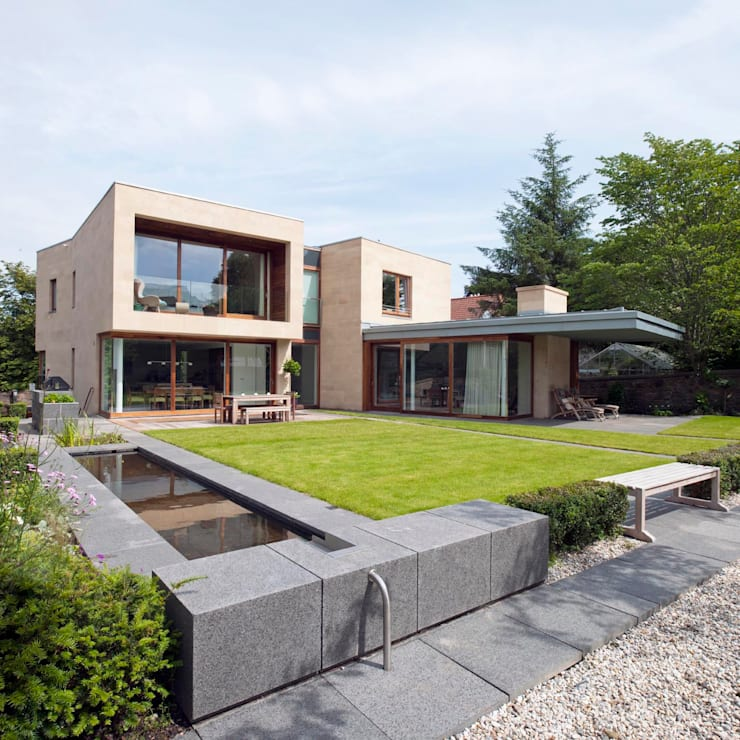 New villa in West Edinburgh - Garden:  Houses by ZONE Architects