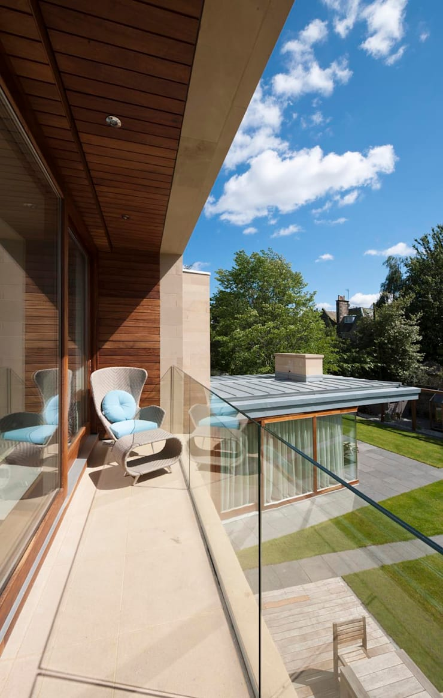 New villa in West Edinburgh - Balcony:  Houses by ZONE Architects