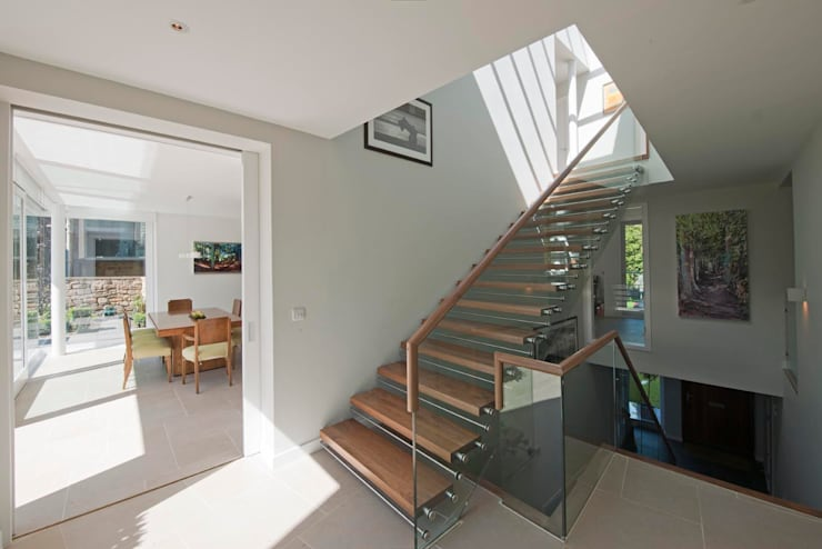 New villa in West Edinburgh - Stairs: modern Houses by ZONE Architects