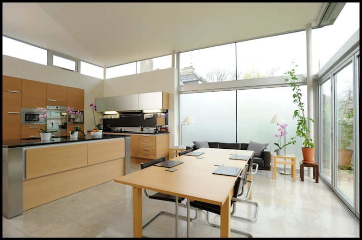 Dick Place - kitchen: modern Kitchen by ZONE Architects