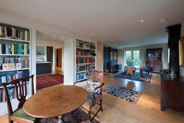 St Andrews - living room:  Houses by ZONE Architects
