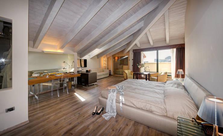 Hotel Sogno: Hotel in stile  di Arch. Paolo Bussi