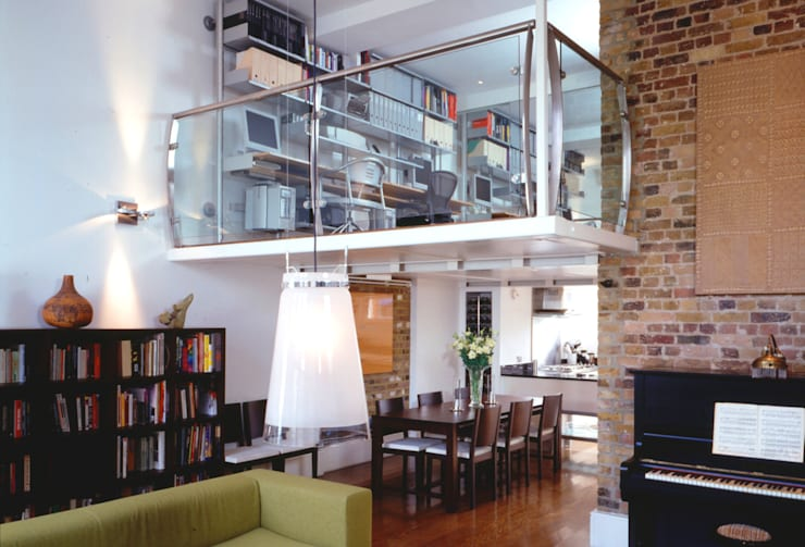 Private Residential Refurbishment, London:  Houses by STUDIO 9010