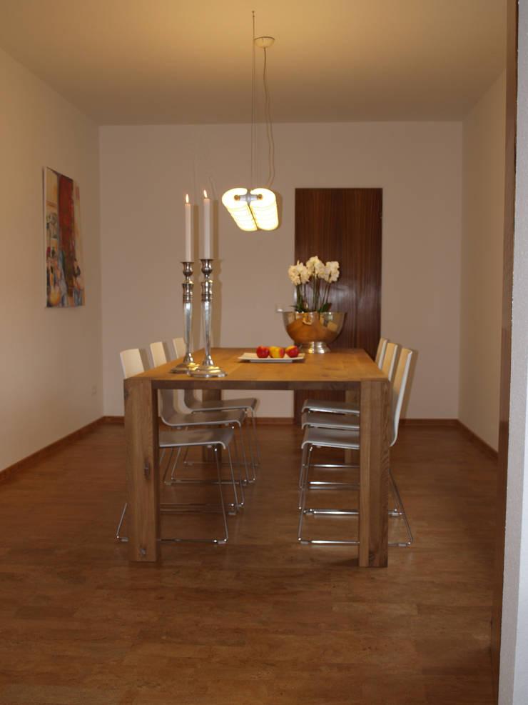 Exclusives Einfamilienhaus in Geisweid:  Esszimmer von Raumpraesenz-Homestaging