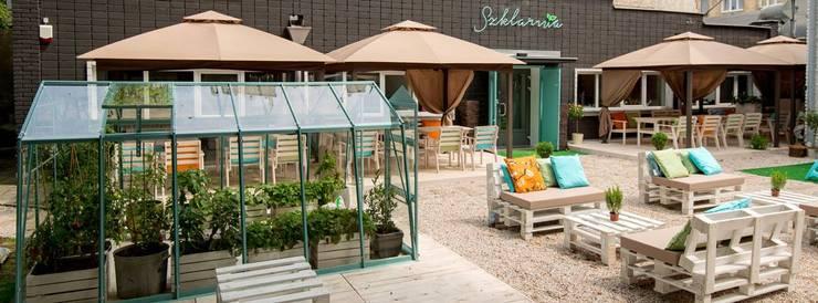 Restauracja Szklarnia: styl , w kategorii Gastronomia zaprojektowany przez GREENERIA,Śródziemnomorski