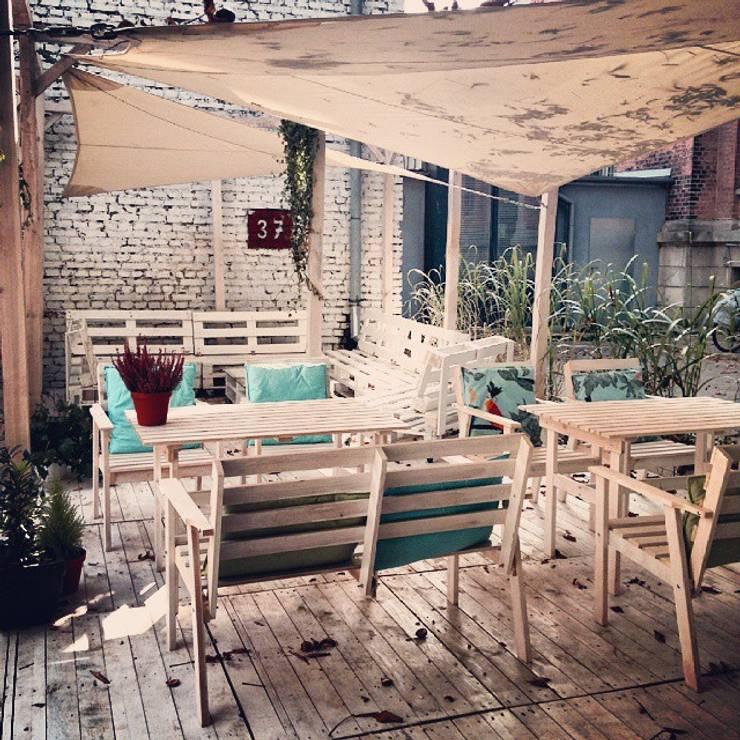 Restauracja Szklarnia: styl , w kategorii Gastronomia zaprojektowany przez GREENERIA,Skandynawski
