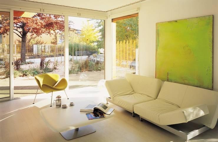 Maison <q>A vivre</q> Paris (19):  de style  par BECKMANN N'THÉPÉ ARCHITECTES