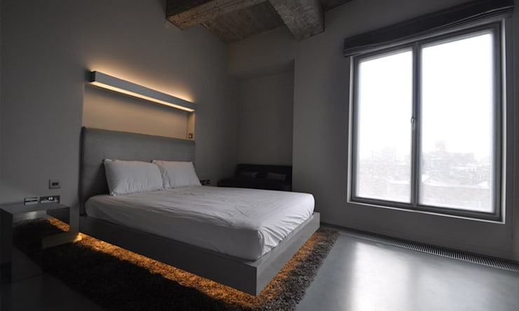 Shoreditch Church Penthouse:  Bedroom by Space Group Architects