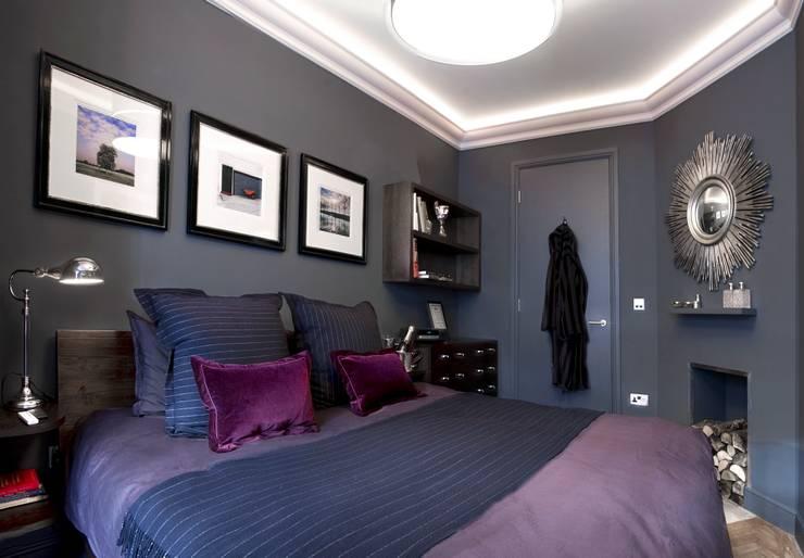 St James Apartment:  Bedroom by Eliska Design Associates Ltd.