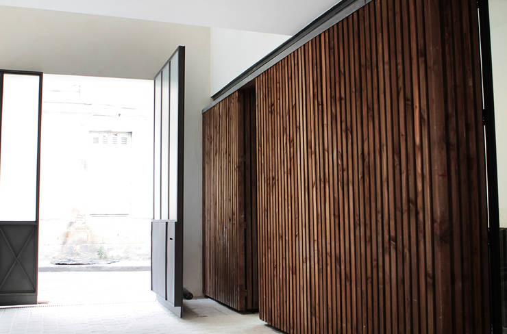 MAISON BEZIERS – BORDEAUX  [33]: Maisons de style  par 3759 Architecture