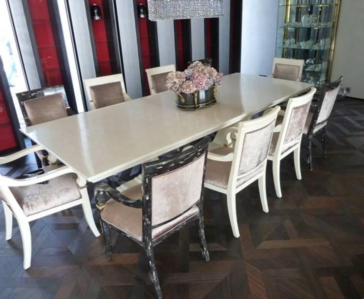 Retro Castle Floors:   von Holz + Floor GmbH | Thomas Maile | Wohngesunde Bodensysteme seit 1997,Klassisch