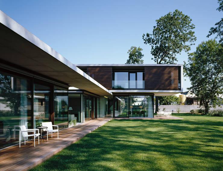 Дома в . Автор – Dietrich | Untertrifaller Architekten ZT GmbH