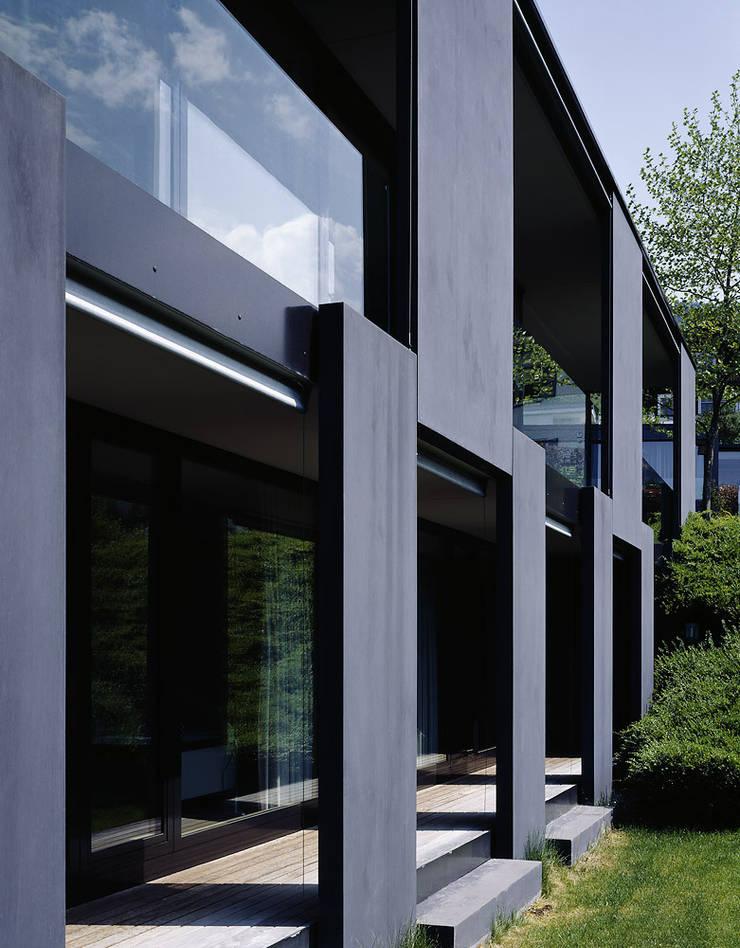 Haus R:  Häuser von Dietrich | Untertrifaller Architekten ZT GmbH,Modern