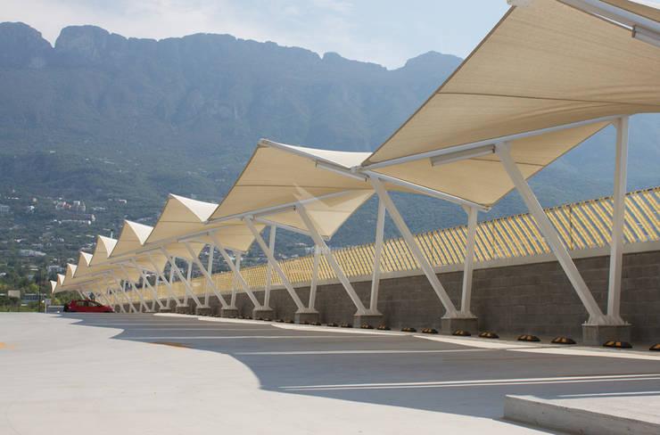 Shopping Centres by Velarium Shadeports,