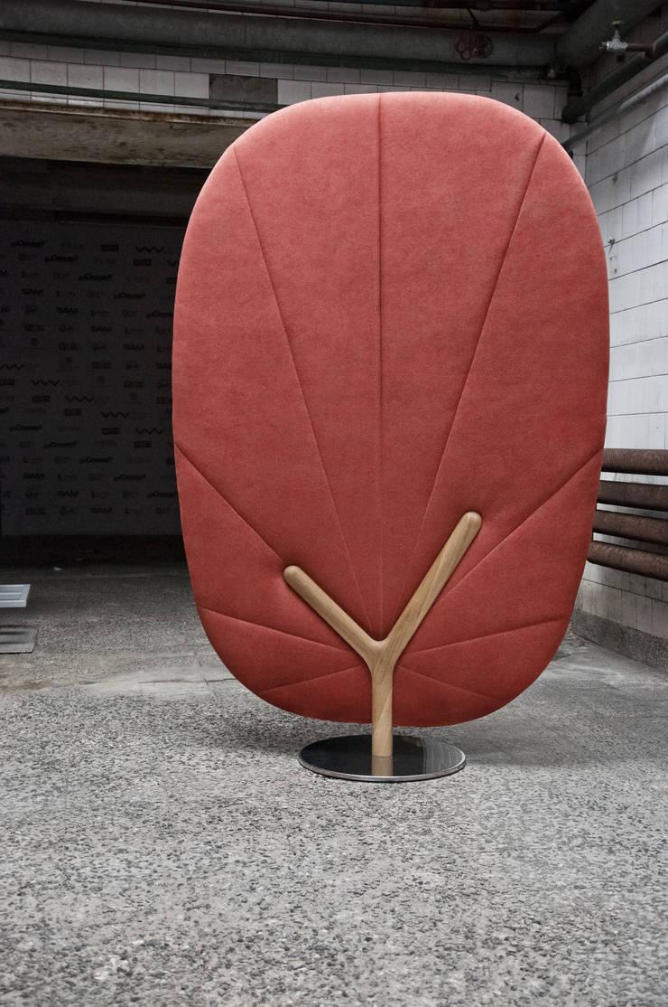 TREE screen: styl , w kategorii Korytarz, hol i schody zaprojektowany przez Redo Design Studio Radosław Nowakowski