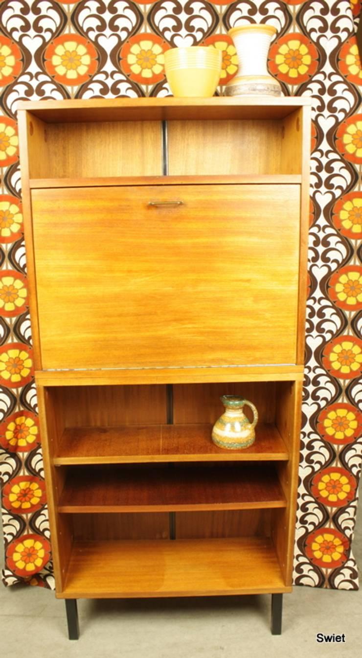 Vintage meubels door swiet homify for Vintage meubels