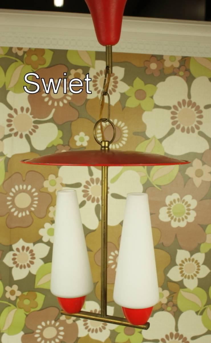 Leuk fifties hanglampje:  Gang, hal & trappenhuis door Swiet