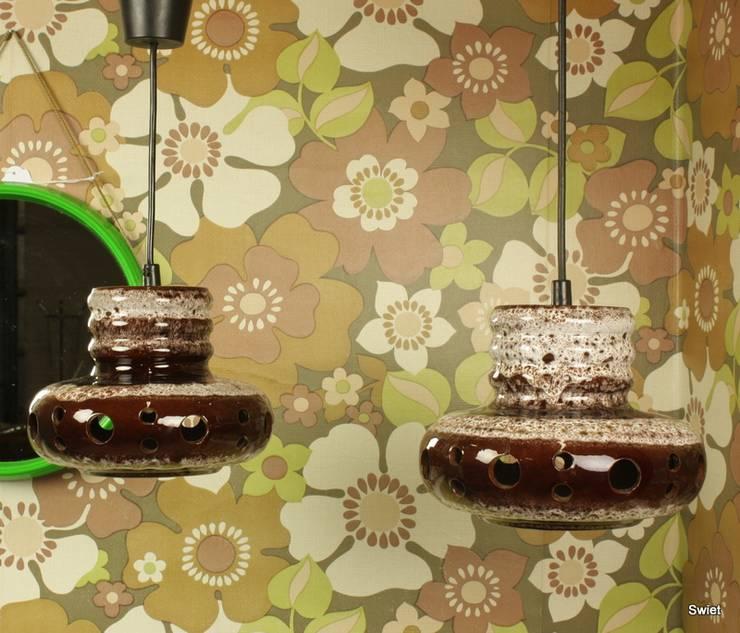 Originele retro keramiek hanglampen uit de jaren 70:  Eetkamer door Swiet