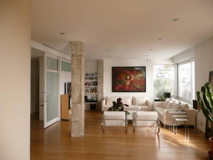 غرفة المعيشة تنفيذ Maroto e Ibañez Arquitectos
