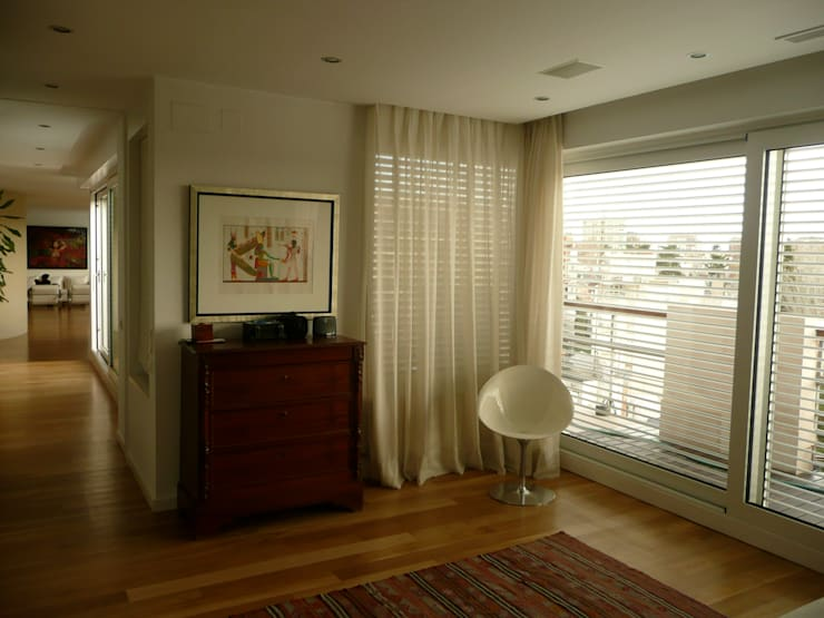 غرفة نوم تنفيذ Maroto e Ibañez Arquitectos