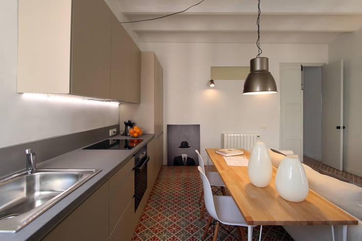Keuken door Lara Pujol  |  Interiorismo & Proyectos de diseño