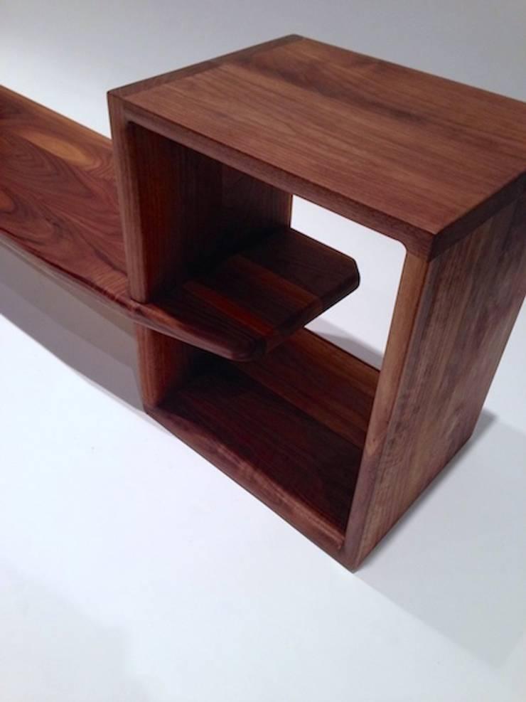 # LB-01: crafted matter의  침실