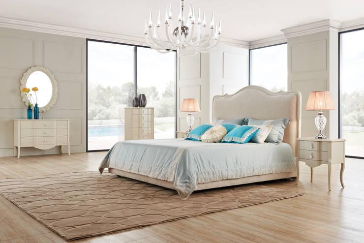 Спальня Roma: Спальни в . Автор – Neopolis Casa,