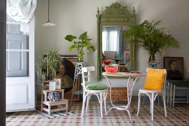 Sala da pranzo in stile  di Casa Josephine