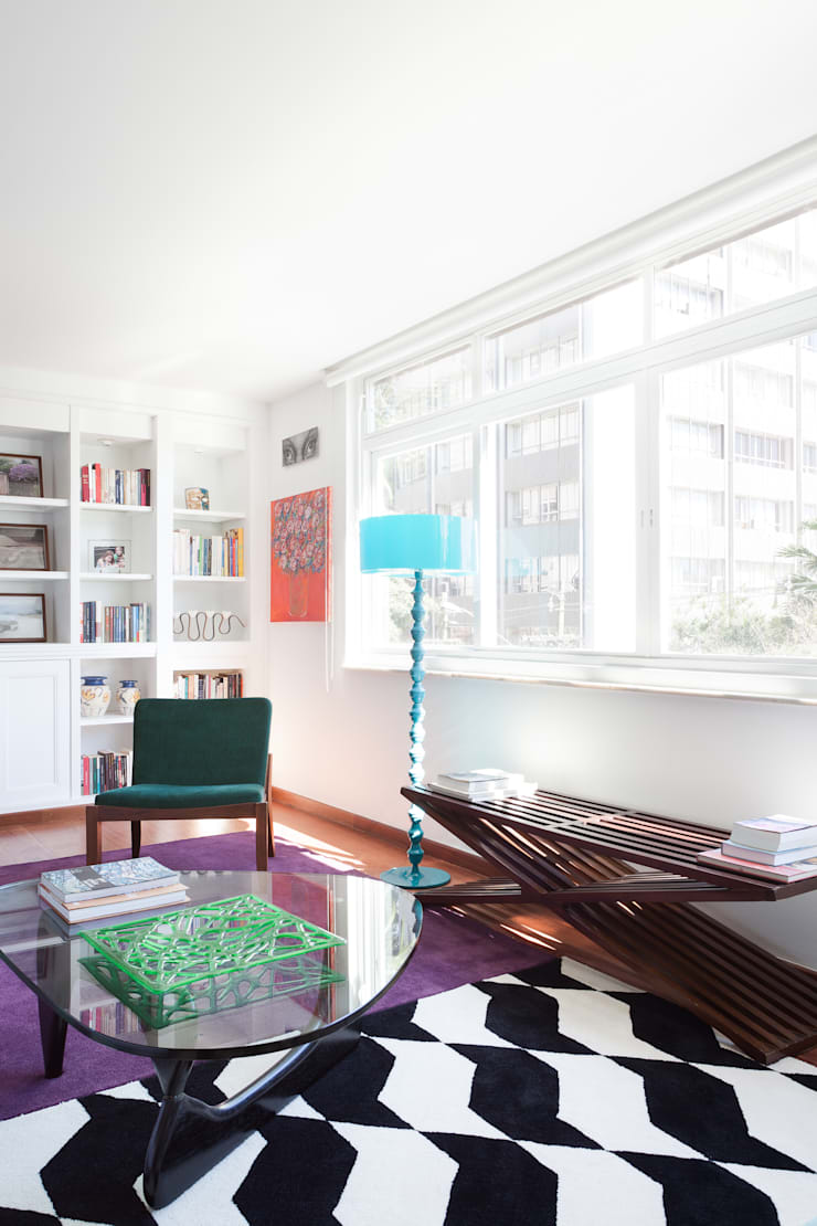 Projeto Amauri: Salas de estar  por Suite Arquitetos