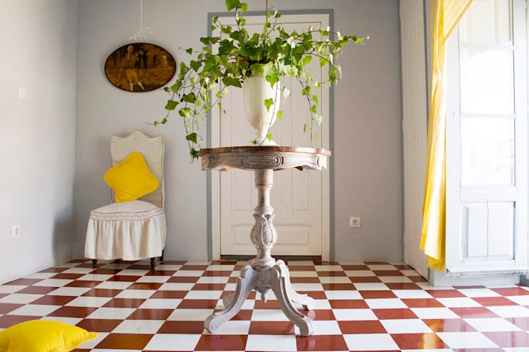 Salas / recibidores de estilo  por Casa Josephine