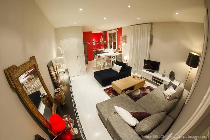 APPARTEMENT L.: Salon de style de style Moderne par WIV U