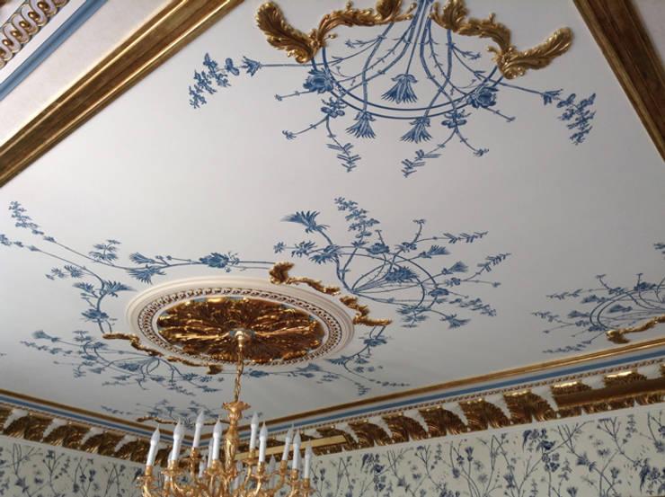 Роспись. Потолок в классическом стиле: Спальни в . Автор – Студия Александрия
